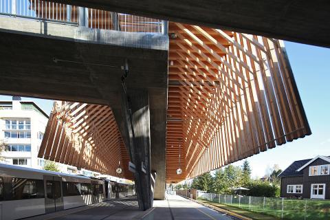 Bekkestua stasjon. Foto: Terje Solvang